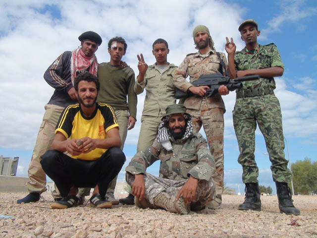 Matthew VanDyke with Libyan rebel fighters during the Libyan Civil War